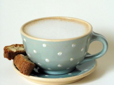 cappuccino tasse türkis